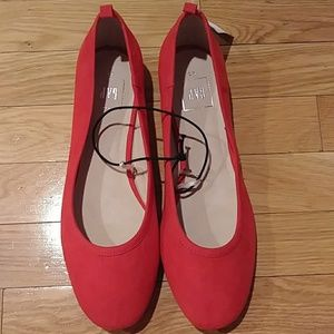 Gap shoes red flats